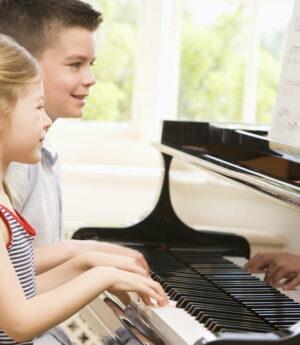 Pianoundervisning barn Malmö Pianolärare musikskola